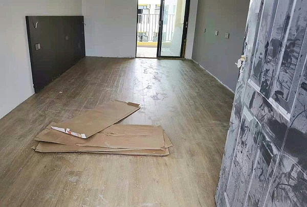 SPC锁扣地板